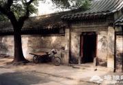 两个北京城,两种北京人