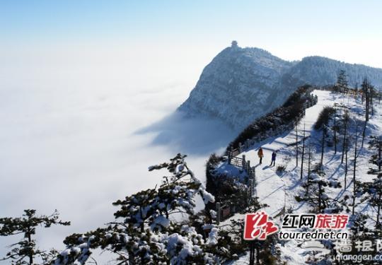 2015峨眉山第十七届冰雪温泉节20日开幕