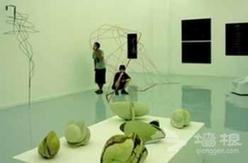 点睛现代北京:798与南锣鼓巷[墙根网]