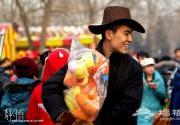 春节记录:庙会里的人山人海