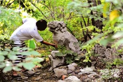 香山法海寺文物遭破坏