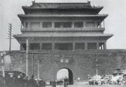 北京:宣南文化群雕将现宣武门
