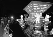 龙潭公园昨晚亮灯