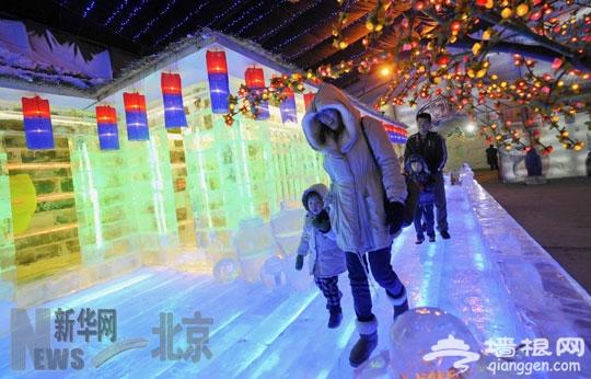 北京:2012龙庆峡冰灯艺术节开幕[墙根网]