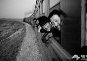 作家回忆正在消失的绿皮火车春运记忆