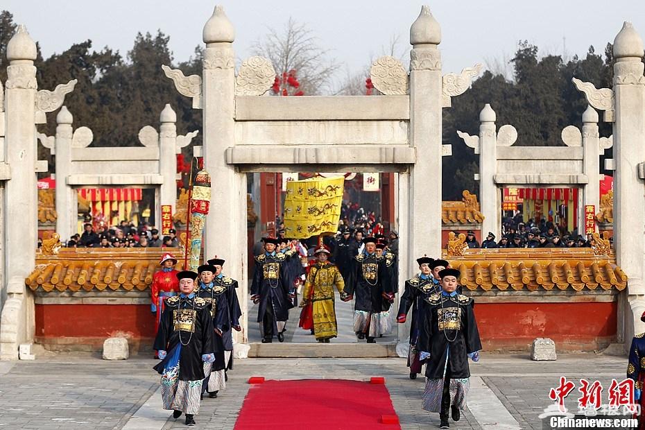 """2013北京地坛庙会开幕 上演""""皇帝""""祭地[墙根网]"""