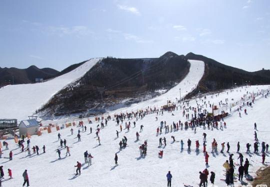 云居滑雪场2013年12月21日正式开放营业