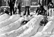 北京冰雪节频歇业 只因气温偏高造不出雪