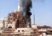 上海迪士尼在建城堡起火 2分钟内烟雾被扑灭