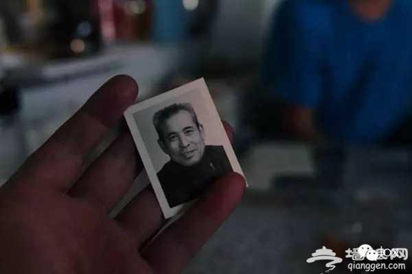 王洪恩老爷子的一寸照片