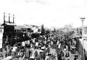 奔驰,4S店,大货,轮滑,公汽-百年前北京人交通也拥堵?