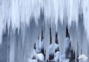 房山区霞云岭冰瀑  高达百米晶莹剔透