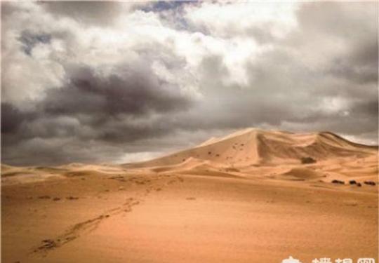 绝对不能错过的库布齐沙漠