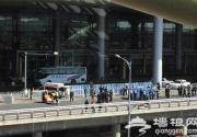 首都机场T3航站楼一男子跳桥坠亡
