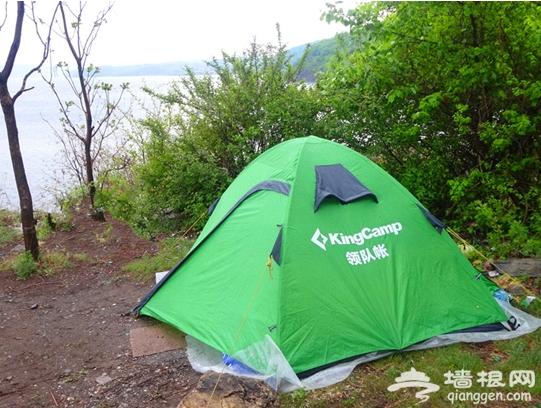 自驾游露营怎么选择舒适的露营地[墙根网]