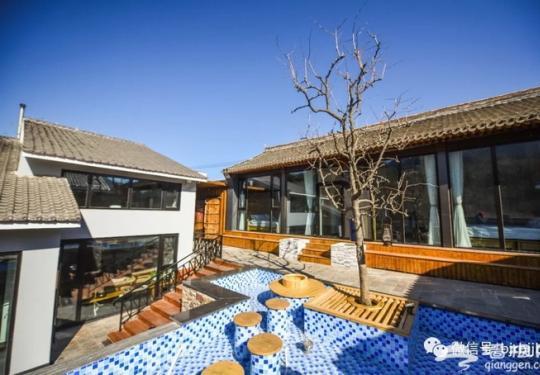 这界跨的,北京怀柔板栗第一村开民宿了,房东是木匠