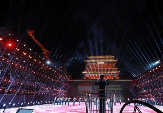 """""""和平号角-2018""""第五届军乐节在居庸关长城开幕"""