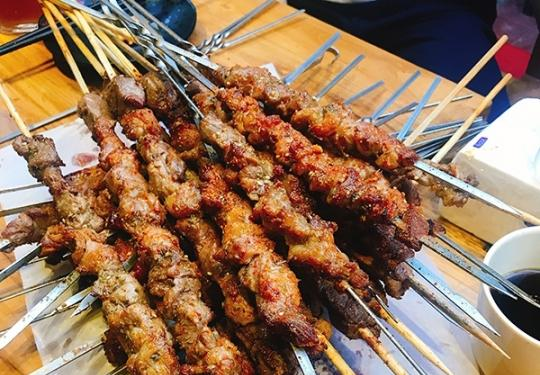 京城这些撸串胜地,美食界的一股清流!