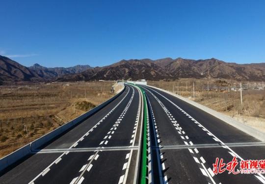 北京首條自行車專用路明年開通,全市高速運營里程達1058公里
