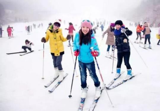 2019京津冀旅游一卡通新僧圣奇金篮子滑雪场、柳沟冰雪嘉年华等三景区