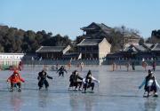 今日市属公园及园博馆迎客18万人 自然冰雪活动项目全部开启