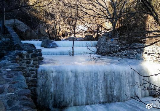 鳳凰嶺,遇見天然冰瀑奇觀,領略大自然的鬼斧神工