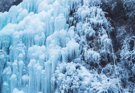 黑龍潭冰雪風鈴節 不出北京也能領略冰島的震撼美景!