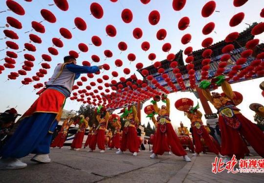 北京地坛龙潭两大传统庙会今日开幕 网红文创民俗冰雪等您来