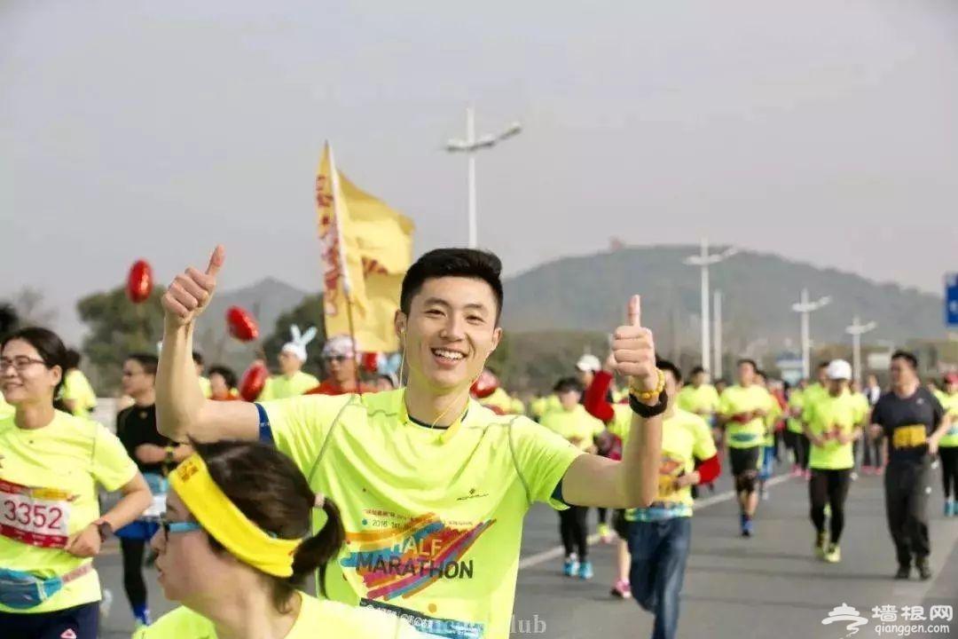 2019年G60上海佘山国际半程马拉松[墙根网]