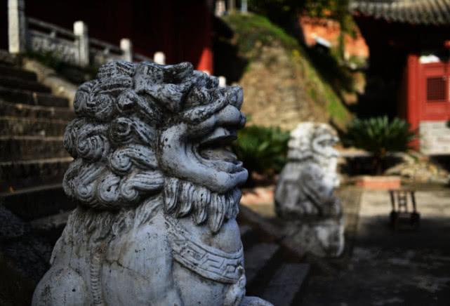 北京一神秘寺庙:500年来不开门,不受香火,僧人们却不愁吃喝[墙根网]