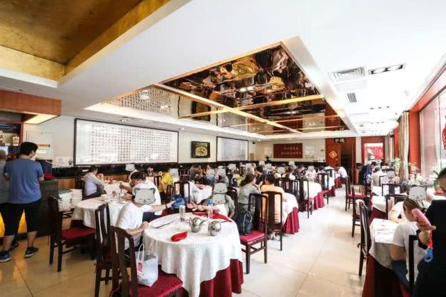 华天马凯餐厅 京城湘菜第一家,一火就是65年!吃一整天不重样![墙根网]