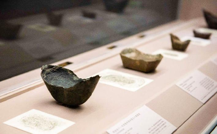 """""""熠熠千年""""的展览正在布展 上博新展梳理货币史中的白银[墙根网]"""