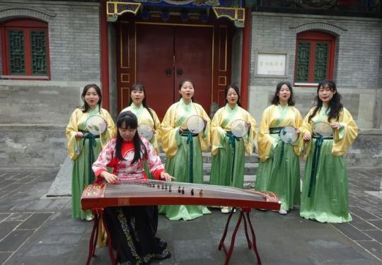 北京紫竹院公园举办诗词游园活动:可体验飞花令、投壶等传统项目