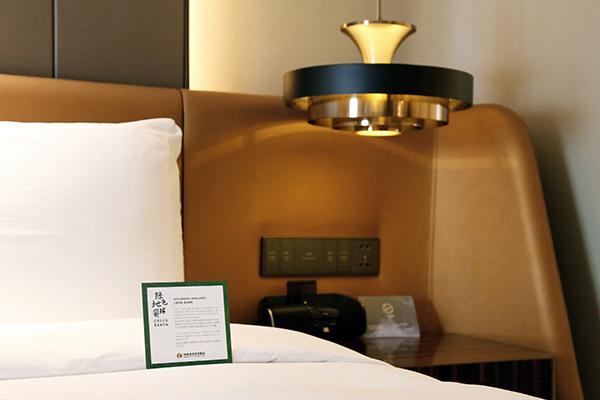 7月1日起上海的酒店不主动提供牙刷、梳子等6种一次性用品[墙根网]