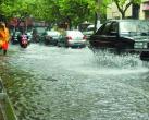 雨天自驾游,为了自身和家人安全这6点必须要注意
