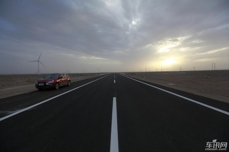 G7京新高速公路自驾攻略与注意事项[墙根网]