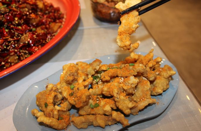 """一筷儿回川 一家""""一门心思做鸡""""的川菜餐厅[墙根网]"""