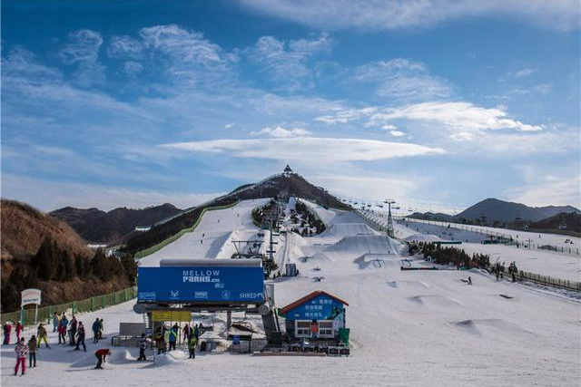 南山滑雪场,一个玩不够的京郊滑雪胜地[墙根网]