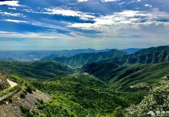 自驾京西,一眼就醉了!花海中的桃源仙境,城里人很少看到的山中美景