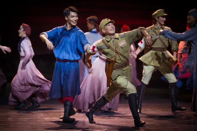 元旦假期,国家大剧院迎来重磅舞剧,《骑兵》你一定别错过[墙根网]