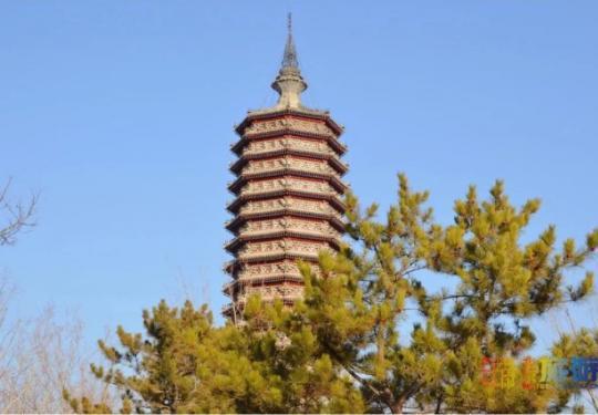 三庙一塔南广场已对外开放,又添万平米娱乐广场